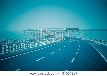 traffic on haiwan bridge,qingdao