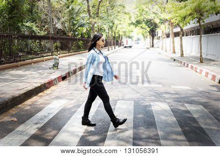 Woman Sightseeing Walking Crosswalk Lifestyle Concept