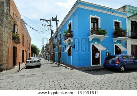 SANTO DOMINGO, DOMINICAN REPUBLIC - NOVEMBER 8, 2016. Street, Santo Domingo