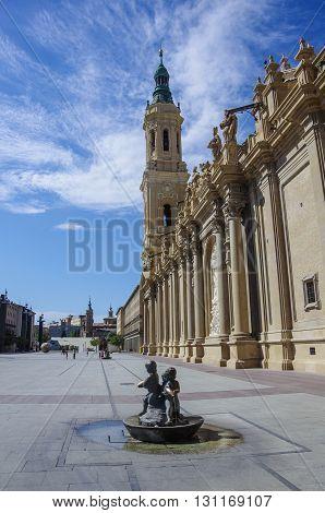 Plaza del Pilar square in Zaragoza in front of Basilica de Nuestra Senora del Pilar Spain
