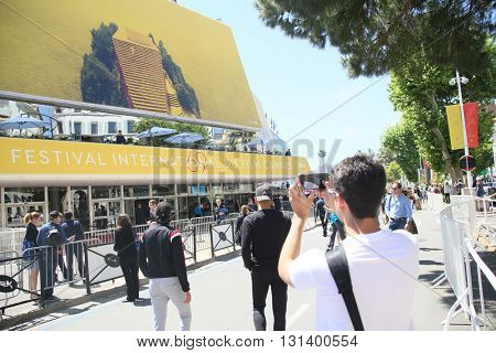 CANNES, FRANCE - MAY 21: A general view of atmosphere on during the 67th Annual Cannes Film Festival on May 21, 2016 in Cannes, France.