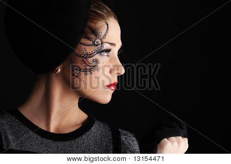 Portrait eines formatierten professionelle Modells. Thema: Schönheit, Mode