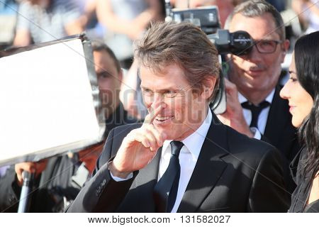 CANNES, FRANCE - MAY 19: Willem Defoe attends the 'Graduation (Bacalaureat)' Premiere during the 69th annual Cannes Film Festival at the Palais des Festivals on May 19, 2016 in Cannes, France.
