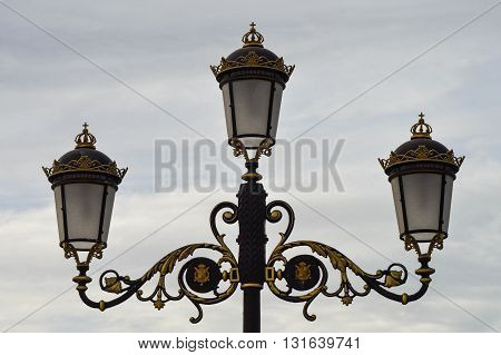 Nice and old streetlight places in an spanich palace