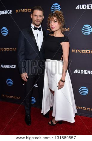 LOS ANGELES - MAY 25:  Matt Lauria & Michelle Armstrong arrives to the