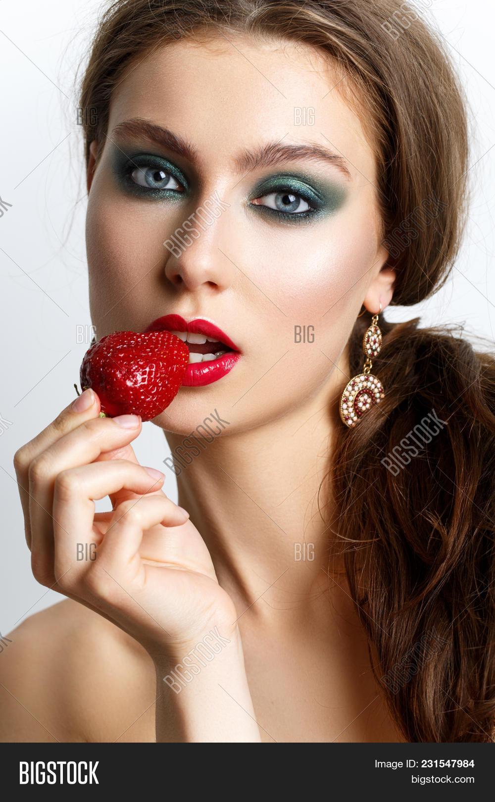 Beautiful Young Woman Image Photo Free Trial Bigstock