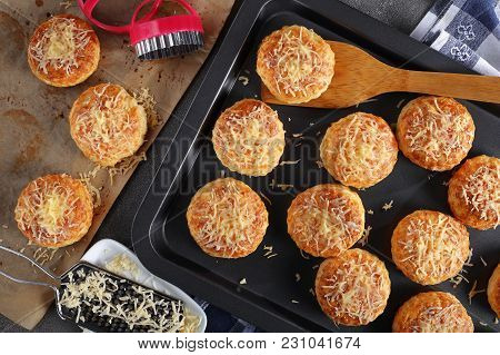 English Scones Sprinkled With Grated Cheese