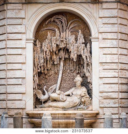 Rome, Italy - April 14, 2017: Goddess Juno Sculpture At Crossing Of Quattro Fontane