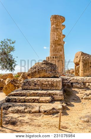 Temple of Ercole, located in the park of the Valley of the Temples in Agrigento, Sicily, Italy