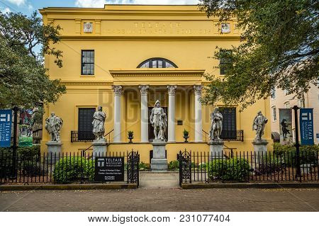 Savannah, Georgia - March 1, 2018: Founded Through The Bequest Of Mary Telfair, The Museum Opened In