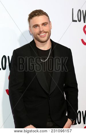 LOS ANGELES - MAR 13:  Gus Kenworthy at the