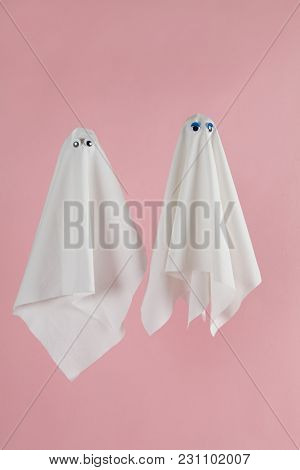 Couple Ghost Back Pink