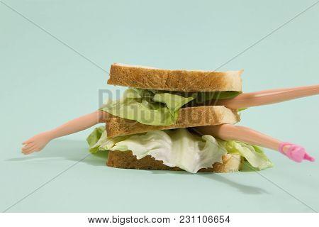 Sandwich Doll