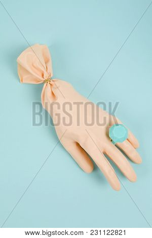 Ring And Balloon Glove