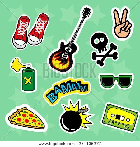Fashion Patch Badges With Speech Bubbles, Skull, Audiocassette, Love, Boom, Glasses, Peace, Bomb, Gu