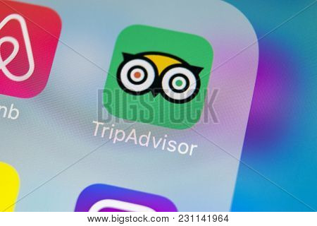 Sankt-petersburg, Russia, March 14, 2018: Tripadvisor Application Icon On Apple Iphone X Screen Clos