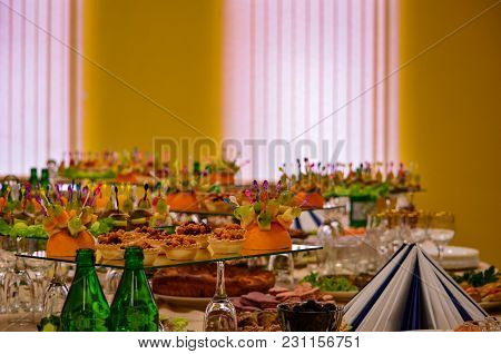 Banquet Served Table For A Banquet Pleasant Lighting