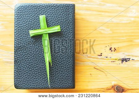 Palm Sunday Concept:  Palm Brancheseaster, Cross Background