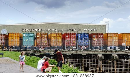 New Orleans, Usa - Aug 20, 2017: Governor Nicholls Street Wharf, With Parked Colorful Shipping Conta
