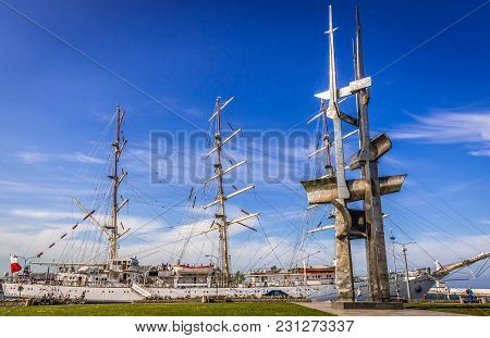 Gdynia, Poland - May 15, 2017: Gift Of The Youth Training Ship And Sails Monument In Gdynia Port Ove