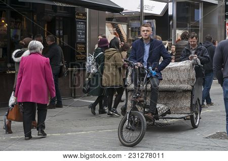 London - October 27, 2016: Trishaw Waiting For Customers Near Covent Garden