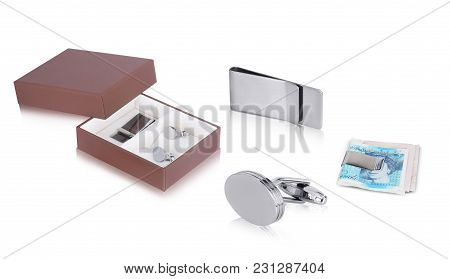Set Of Silver Round Solid Cuff Links With Beautiful Money Clip Gift Box For Gents. This Men Jewelry