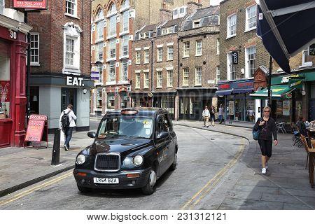 London, Uk - July 9, 2016: People Visit Cowcross Street In Farringdon, London, Uk. London Is The Mos
