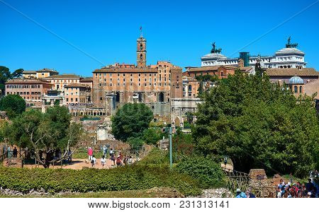 Roman Forum, Rome, Italy - May 17, 2017: View Of The Roman Forum With The Tabularium, The Arch Of Se