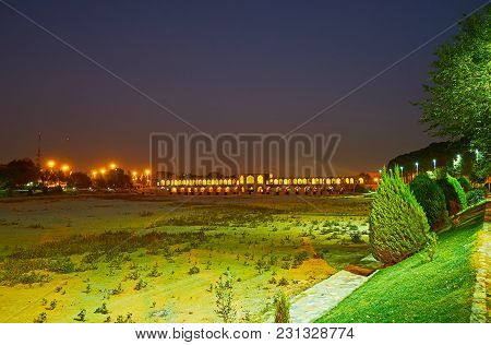 The Banks Of Zayandeh River Are Covered With Numerous City Parks, The Evening Walk Along Moshtagh-e