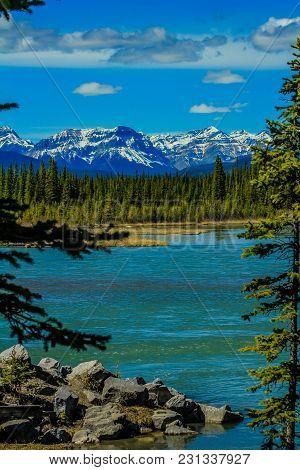 North Saskatchewan River, Aylmer Provincial Recreation Area, Alberta, Canada