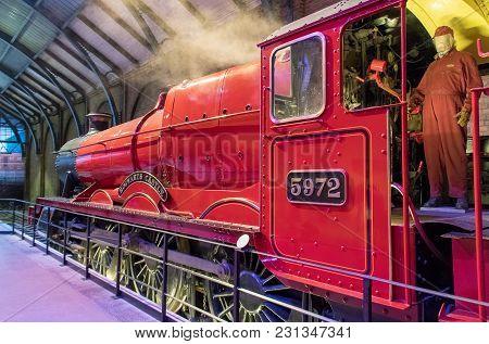 Hogwarts Express Steam Train