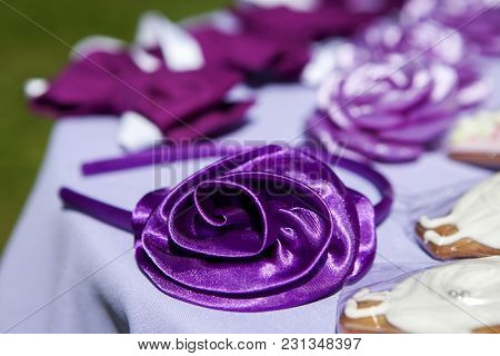 Violet Hair Band Top View At The Wedding Reception