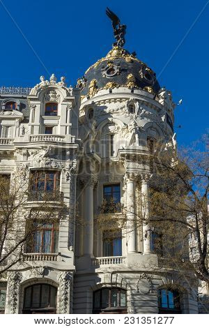 Madrid, Spain - January 21, 2018: Metropolis Building ( Edificio Metropolis  ) At Alcala And Gran Vi