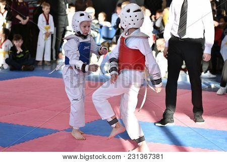 Orenburg, Russia - January 27, 2018 Years: The Kids Compete In Taekwondo