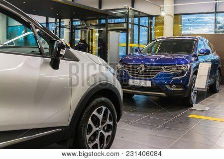 Kazan, Russia - October 19, 2017: Showroom And Car Of Dealership Renault In Kazan City