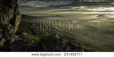 Fassifern Valley, South East Queensland, Sunrise From Mt Cordeaux