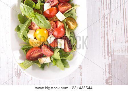 tomato salad and sauce