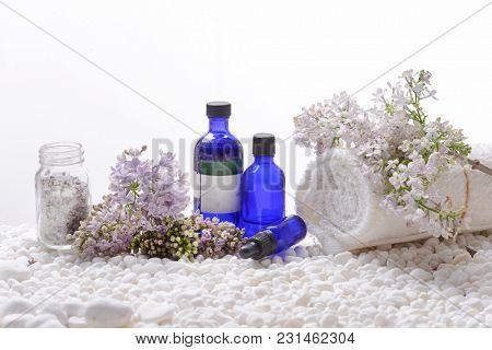 Spa setting on white pebbles