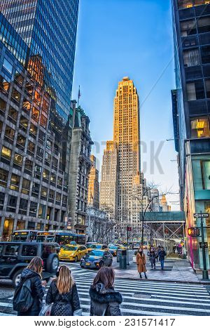 New York City, Usa, Jan 2018, View Of The 500 Fifth Avenue Building From A Manhattan Street