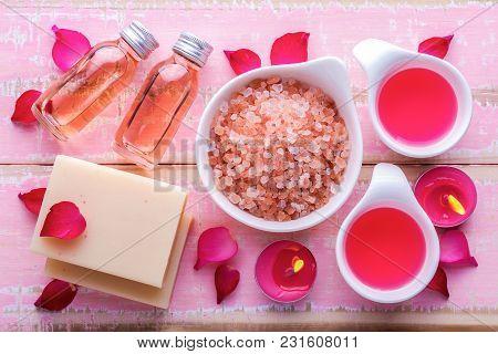 Himalayan Bath Salt And Spa Body Set