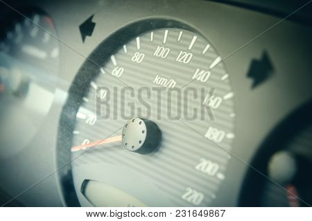 Car Speedometer With An Arrow At Zero
