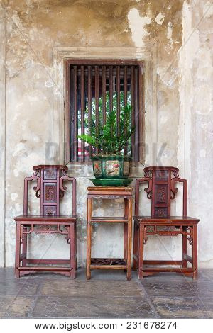 Bangkok, Thailand - 16 March 2018 : Luxuary Vintage Retro Chairs And Table With Green Plants And Chi
