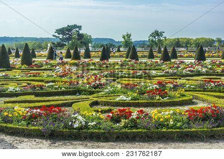 Chateau De Versailles Gardens In Paris, France.