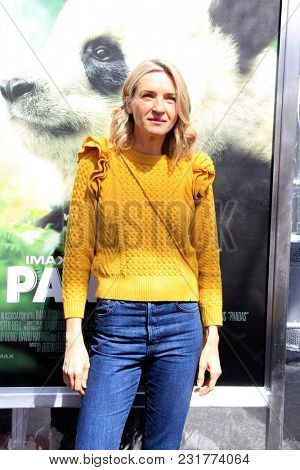 LOS ANGELES - FEB 17:  Ever Carradine at the World Premiere Of