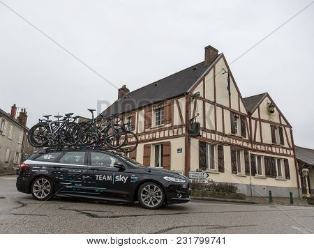 Dampierre-en-yvelines, France - March 4, 2018: The Technical Car Of Team Sky Passing In Front Of A T