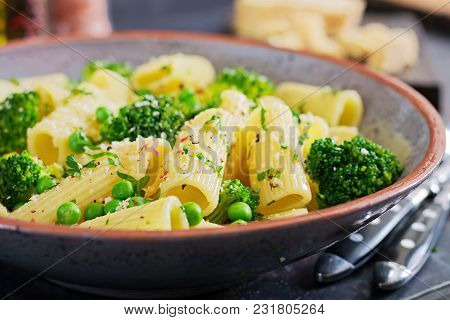 Pasta Rigatoni With Broccoli And Green Peas. Vegan Menu. Dietary Food
