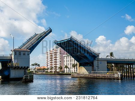 Open Drawbrdige On The Intecoastal Waterway In Fort Lauderdale