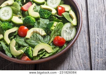 Avocado Salad With Tomatoes Cucumber , Broccoli And Spinach