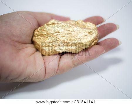 Big Gold Ore In The Woman Hand , Precious Stone