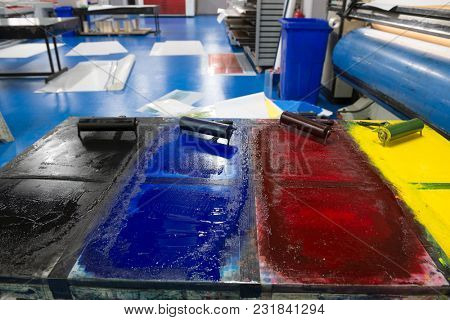 Printing House with printing colors
